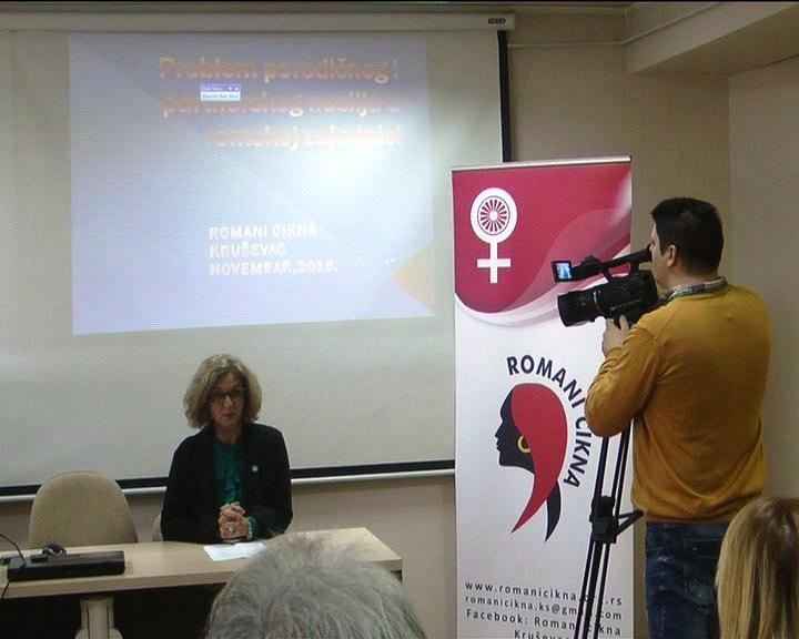 Okrugli sto o problemu porodičnog i partnerskog nasilja u romskoj zajednici