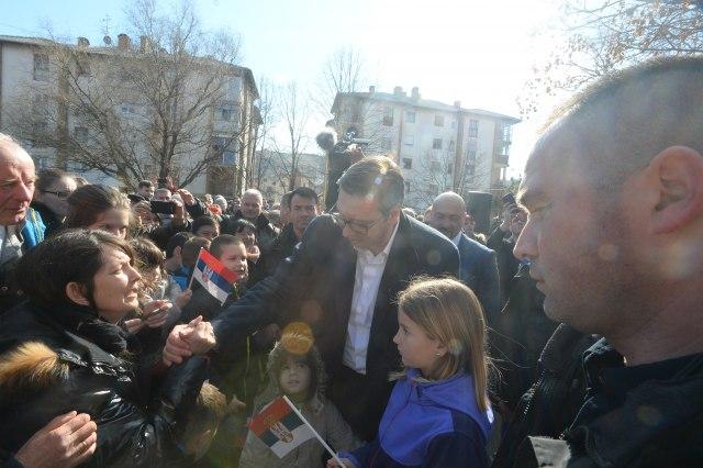 Predsednik Vučić obišao Rasinski okrug: Uradili smo mnogo, siguran sam da možemo još više!