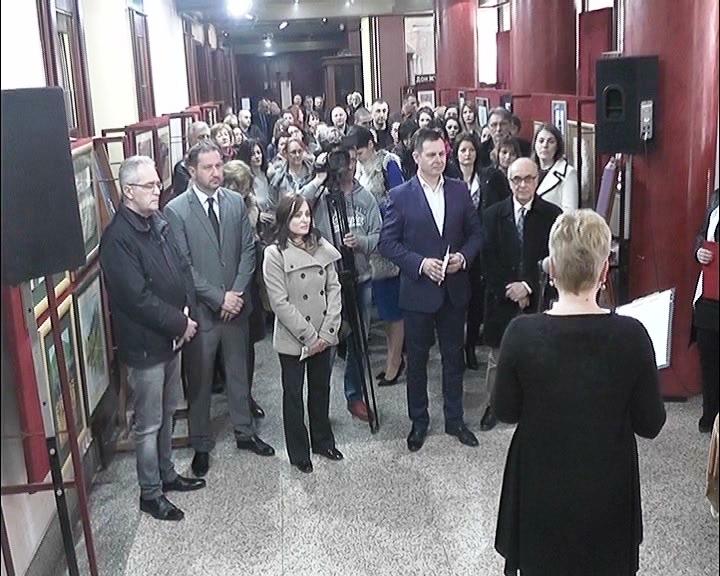 Izložba radova štićenika Vaspitno popravnog doma otvorena u Kruševačkom pozorištu