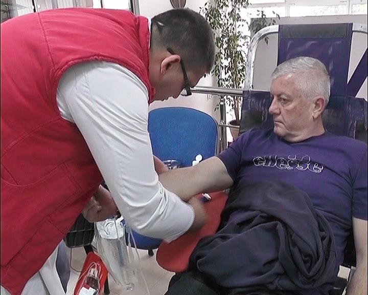 U prostorijama Gradskog odbora SNS prva ovogodišnja akcija dobrovoljnog davanja krvi