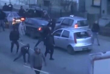 Posle utakmice između Napretka i Partizana u Kruševcu žestok sukob dve frakcije navijača crno-belih (VIDEO)