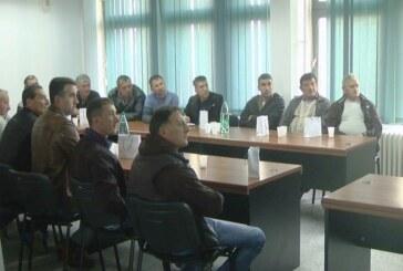 Sastanak predstavnika kompanije Atlantik grupe iz Igroša i proizvođača i otkupljivača paprike u Rasinskom okrugu