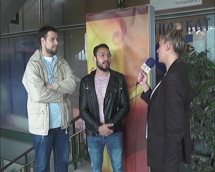 """Amatersko pozorište """"Čkalja"""" u Kulturnoim centru izvodi predstavu """"Profesionalac"""""""