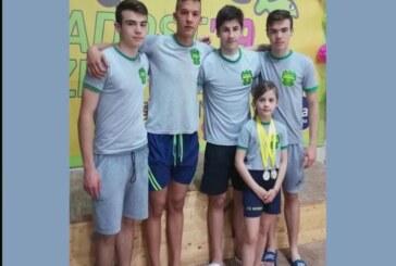 """Plivački """"Napretka"""" proteklog vikenda u na Međunarodnom plivačkom mitingu u Zrenjaninu osvojili 15 medalja"""