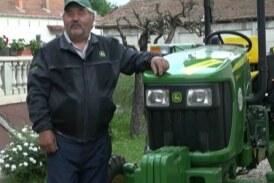 """Džon Dir"" traktor iz Novog Sada kao nagrada otišao u selo Varvarin"