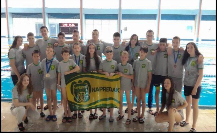 Na Međunarodnom plivačkom mitingu u Nišu plivački kruševačkog Napretka osvojili 28 medalja
