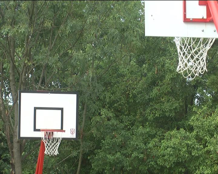 U selima Grada Kruševca biće postavljeno 70 košarkaških konstrukcija, tabli i obruča