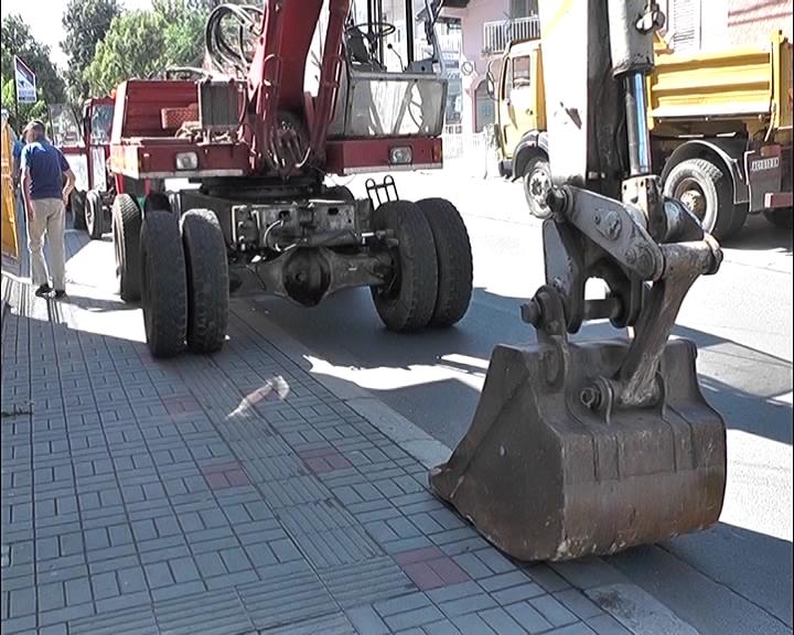 Nemanjina ulica od raskrsnice sa Obilićevom do Kosovske zatvorena za saobraćaj zbog priprema za rekonstrukciju