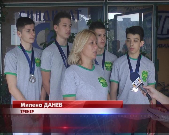 Tri srebra za plivače Napretka na Letnjem državnom prvenstvu za kadete