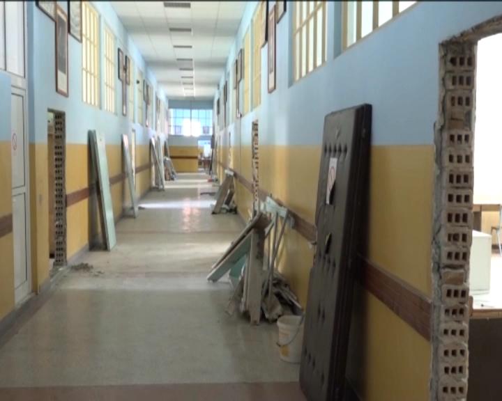 Radovi na renoviranju dela Tehničke škole u Trsteniku