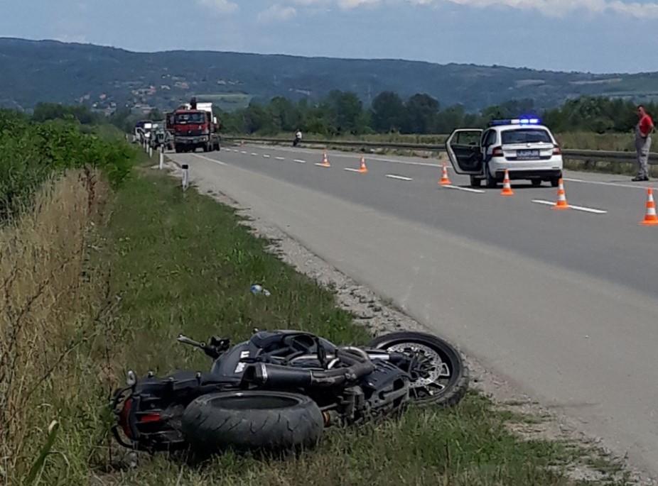 KRUŠEVAC: Motociklista poginuo u udesu u blizini kružnog toka kod Jasike