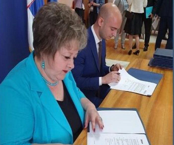"""U okviru posete francuskog predsednika Srbiji PPT Namenska potpisala ugovor o nastavku saradnje sa """"iXblue"""" firmom"""