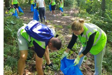 Crédit Agricole organizovala Plogging* izazov za čistiju Srbiju