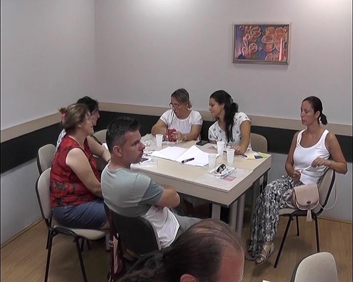 U Centru za stručno usavršavanje održan seminar za unapređenje kvaliteta nastave srpskog i engleskog jezika