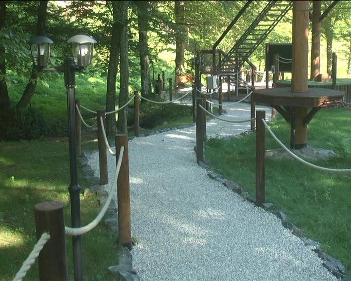 Sve više posetilaca u Avantura parku na Jastrepcu