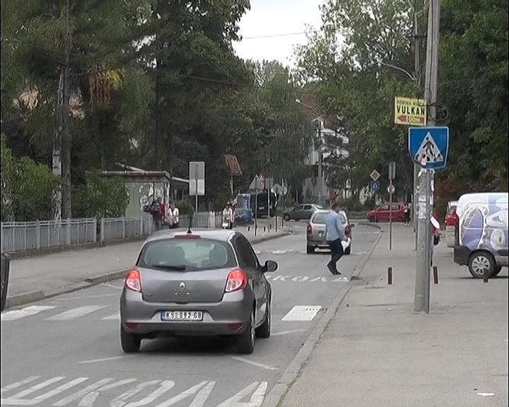 Sa početkom školske godine na ulicama zbog đaka novi saobraćajni ambijent