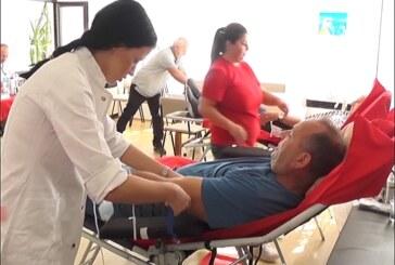 Akcija dobrovoljnog davanja krvi u prostorijama Pokrovske Crkve na Rasini