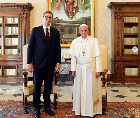 Predsednik Vučić s papom: Cenimo poziciju Vatikana po pitanju Kosova i Metohije