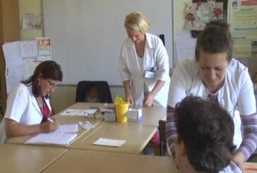 Dom zdravlja Kruševac organizovao preventivne preglede za meštane Velikog Krušinca, Male Reke i Belasice