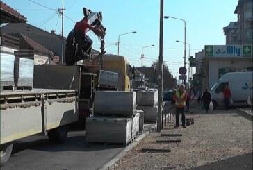 U toku radovi na rekonstrukciji trotoara kod Nove pijace u delovima Dušanove i Vidovdanske ulice