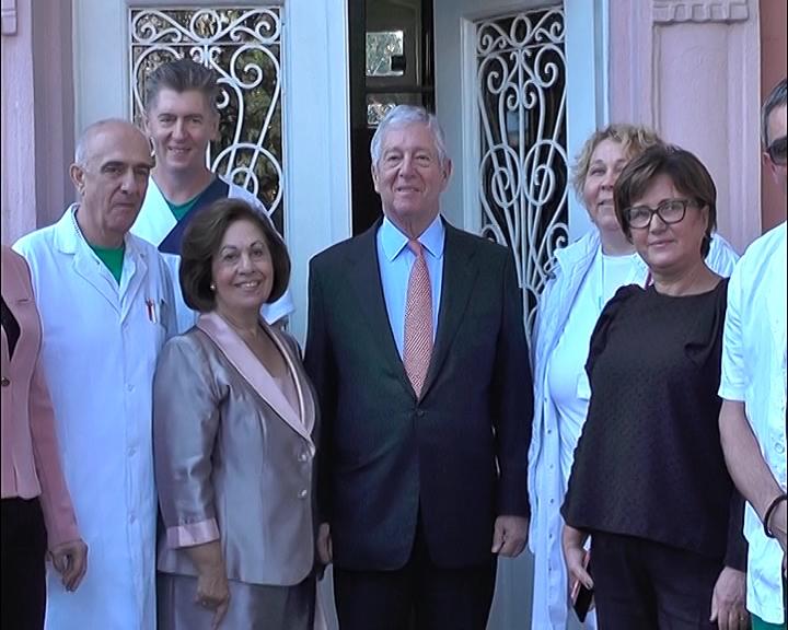 Fondacija princeze Karađorđević donirala deset električnih kreveta Službi hirurgije u Kruševcu