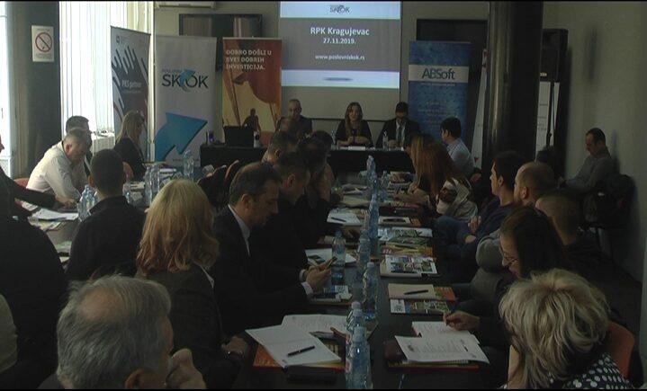 "Za privrednike Šumadije i Pomoravlja u Kragujevcu održana konferencija ""Poslovni skok"""