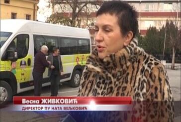 Predškolska ustanova Nata Veljković nabavila dvaminibusa za prevoz dece sa seoskog područja