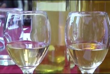 Prijavljivanje učesnika za takmičenje za najbolja vina u okviru Dana voćara, vinarara i vinogradara u Trsteniku.