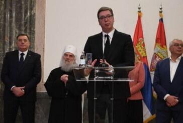 Predsednik Vučić sa Srbima iz regiona: Neophodan nam je mir