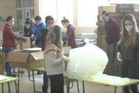 Završava se pakovanje paketa za sve penzionere kojih na teritoriji Grada Kruševca