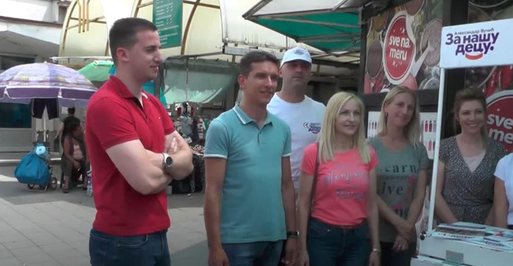 Aktivisti SNS svakodnevno na štandovima širomgrada Kruševca