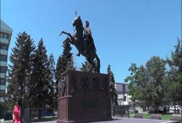 ANKETA: Poseban utisak na Kruševljane ostavio novootkriveni spomenik Despotu Stefanu Lazareviću