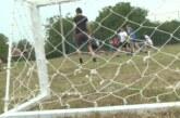Članovi Saveta za sport SNS Kruševac na terenima u Mesnoj zajednici Jasika