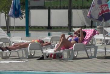 Otvoreni bazeni rade uz strogo poštovanje propisanih mera