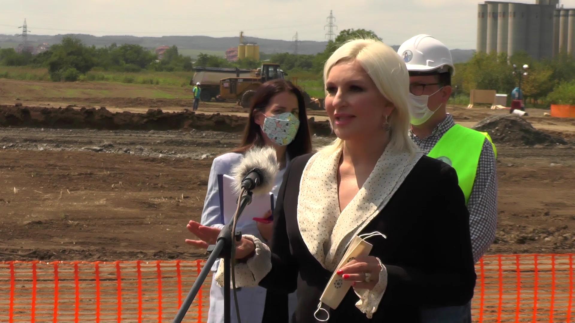 Ministarka Zorana Mihajlović sa delegacijom obišla radove na izgradnji Moravskog koridora
