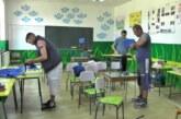 """Donacijom Udruženja """"Marko Cara Milanović"""" tapacirane stolice u kaoničkoj školi"""