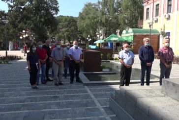 Povodom oslobođenja opštine Aleksandrovac u Drugom svetskom ratu položeni venci