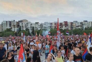 Crna Gora – dogovor lidera opozicije, slavlje u Podgorici