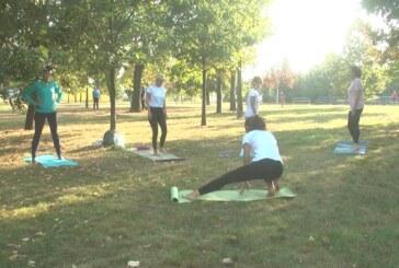 U okiru Evropske nedelje mobilnosti na Bagdali održan javni čas joge