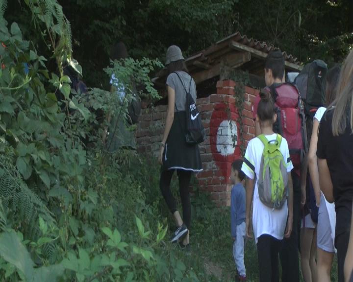 Za korak bliže zdravlju: Kruševljani i gosti pešačili na Jastrepcu
