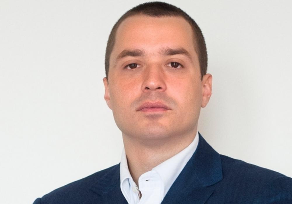 Luka Petrović, član Predsedništva SNS, o pretnjama Vučiću: DOKLE VIŠE?