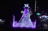 Novogodišnji ukrasi u gradu: Snežna kraljica na kružnom toku