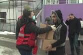 Crveni krst Kruševac podelio 280 prehrambenih i higijenskih paketa žiteljima romskog naselja Marko Orlović