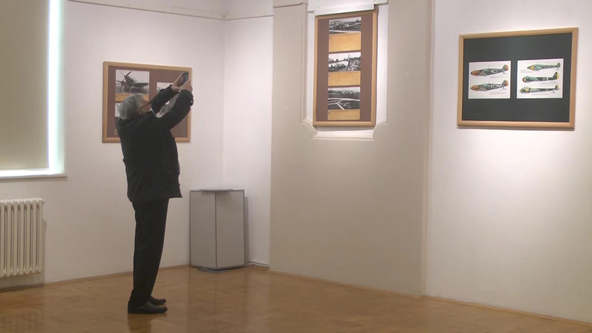 """U Narodnom muzeju otvorena izložba  """"Vitezovi čeličnog neba: 51 vazduhoplovna grupa"""""""