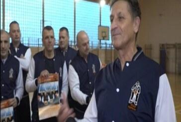 """Košarkaški klub """"Oldtajmeri"""" iz Trstenika pokrenuo humanitarnu akciju za decu obolelu od raka"""