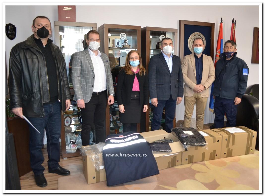 Povodom Dana civilne zaštite Gradu Kruševcu uručena donacija zaštitne opreme
