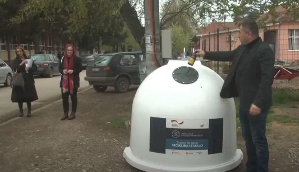 Na teritoriji Opštine Varvarin postavljeno 30 kontejnera za prikupljanje staklenog otpada