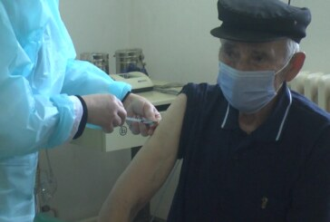 Vakcinacija i druga doza vakcine za meštane Padeža i okolnih sela
