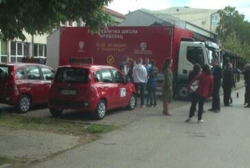 Tehničkoj školi uručen kamion za obuku učenika Saobraćajnog smera, poklon Grada Kruševca