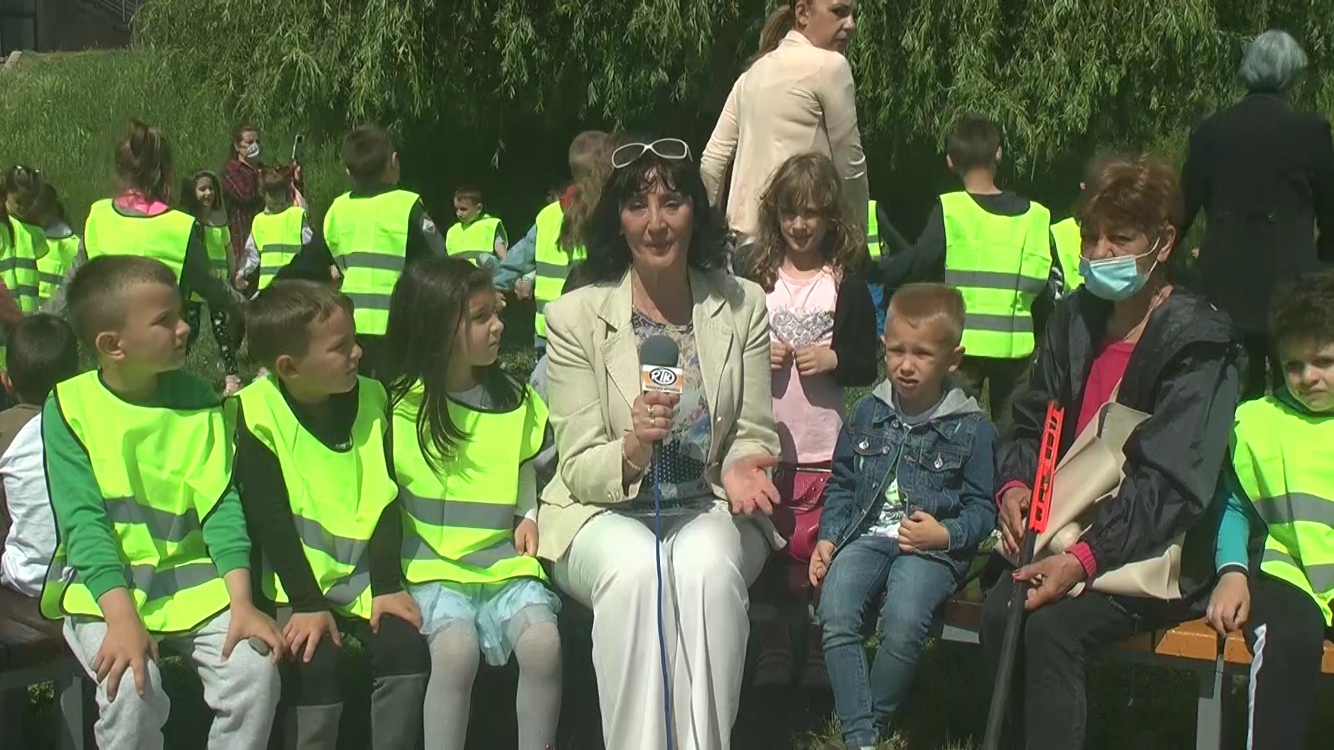 """""""Rasina peva"""": Mališani vrtića """"Labud"""" posetili Pokrovsku Crkvu kraj Rasine"""